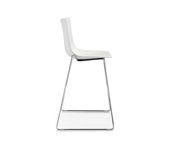 NAVA by Girsberger   Bar stools