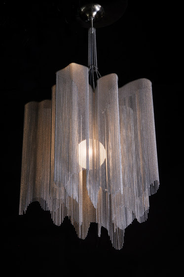 A Peal - 1 Tier 500 S by Willowlamp   Suspended lights