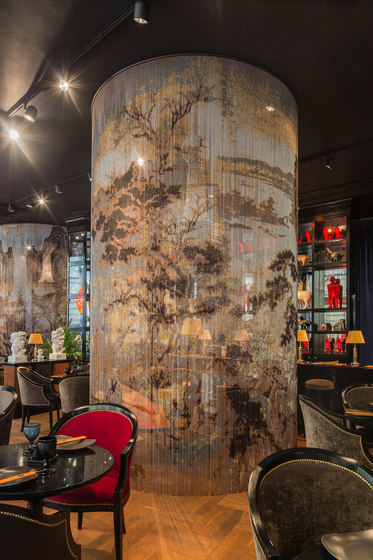 Space Divider Curved Restaurant by Kriskadecor | Metal meshes