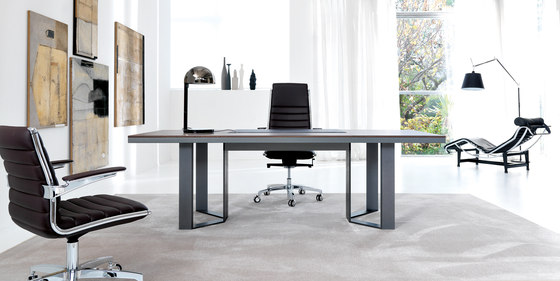 LLOYD desk by IVM | Desks