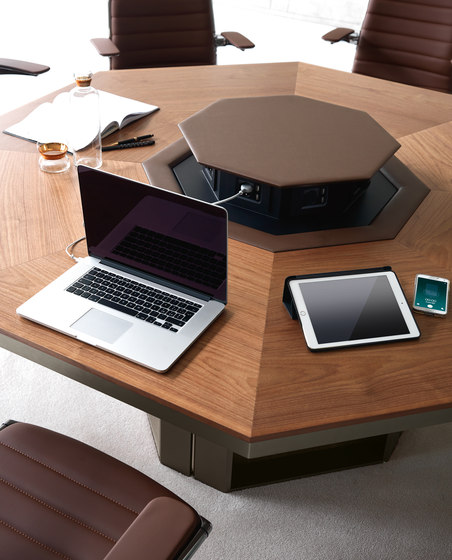 LLOYD meeting table de IVM | Mesas contract
