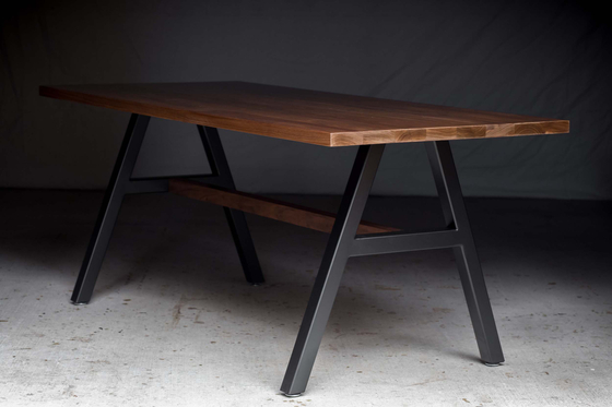 The Cooper Table di Harkavy Furniture | Tavoli da pranzo