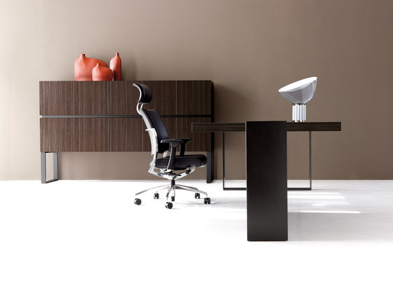 NEW LOOP cabinet de IVM | Buffets / Commodes