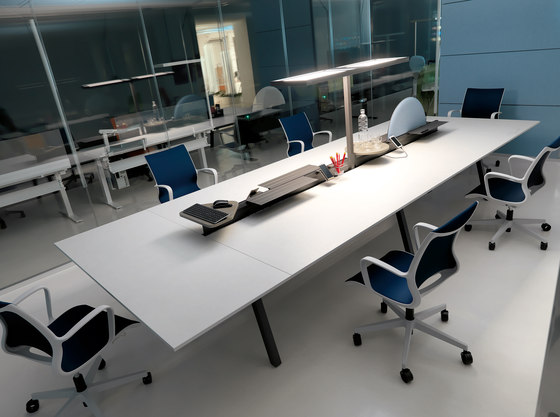 STILO meeting table by IVM | Contract tables