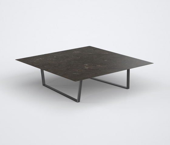 Dritto Coffee Table 90 x 90 cm de Salvatori | Mesas de centro