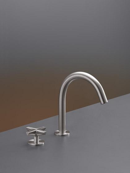Cross CRX01 by CEADESIGN | Wash basin taps