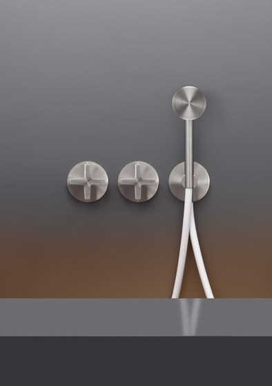 Cross CRX20Y by CEADESIGN | Shower controls