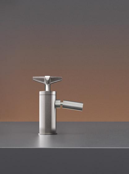 Cross CRX40 by CEADESIGN | Wash basin taps