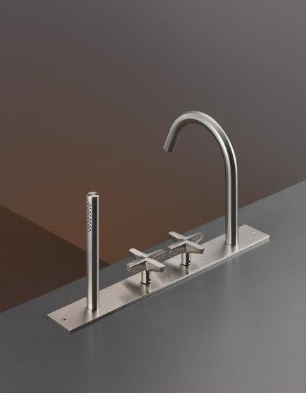 Cross CRX26 by CEADESIGN | Wash basin taps