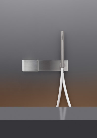 Regolo REG10 by CEADESIGN | Shower controls