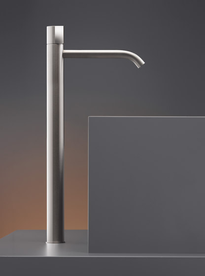 Duet DET07 by CEADESIGN | Wash basin taps