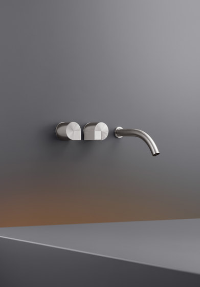Duet DET21 by CEADESIGN | Wash basin taps