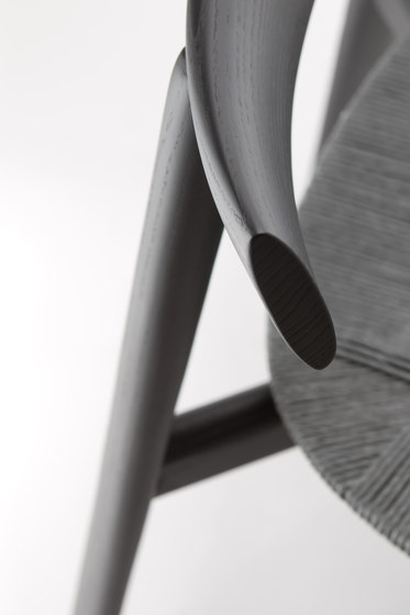Remo 2201 SE by Cizeta | Chairs