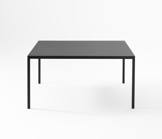 Helsinki table by Desalto | Dining tables