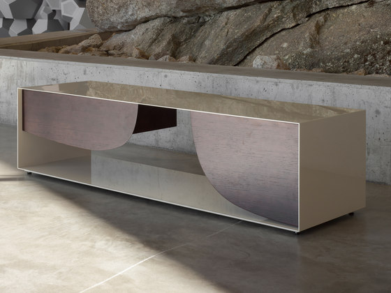 Sun and Moon Cabinet von Dux | Multimedia Sideboards