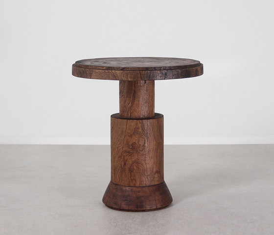 Cádiz Side Table by Pfeifer Studio | Side tables