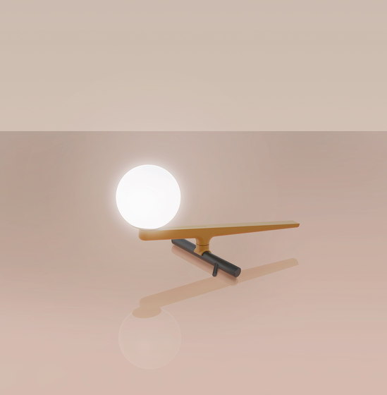 Yanzi Table by Artemide | Table lights