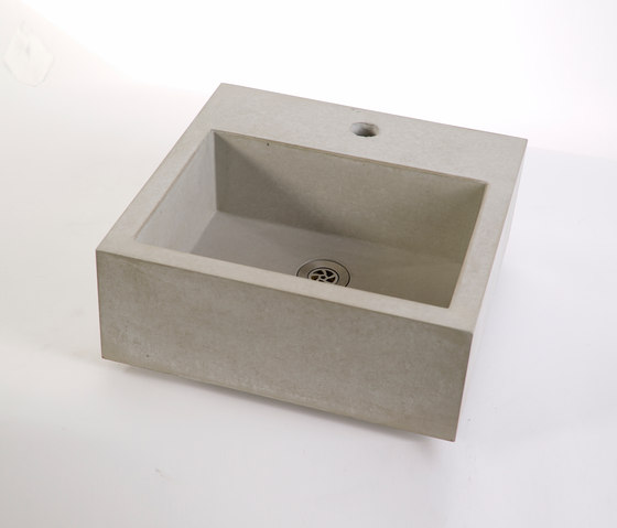 dade CASSA 40m concrete sink by Dade Design AG concrete works Beton | Wash basins