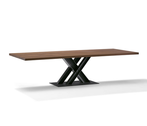 Victor | 1470 by DRAENERT | Dining tables