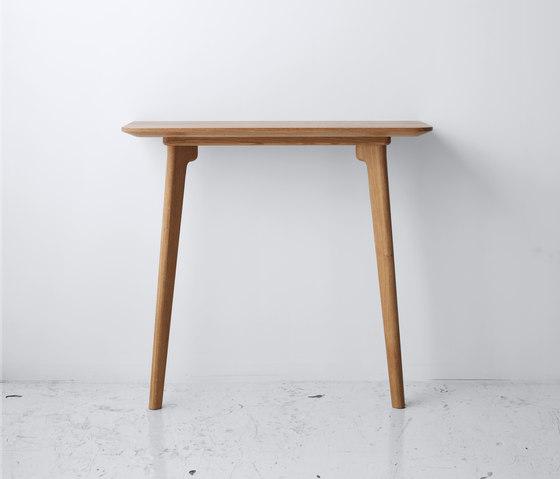 Salon Console Table von True North Designs | Konsoltische