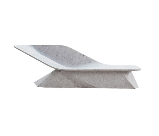Marble Wing | 8040 di DRAENERT | Panche