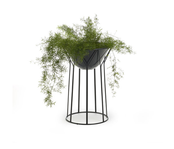 Circus planter by OFFECCT   Plant pots
