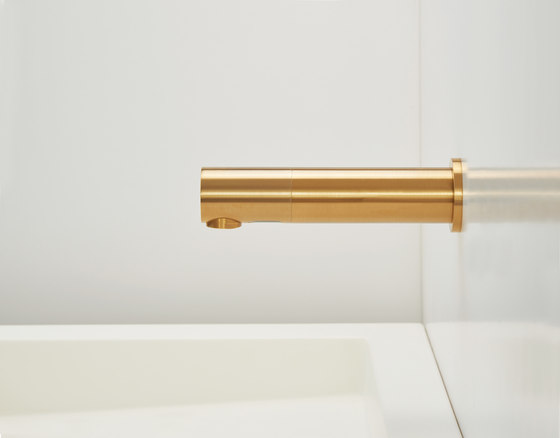 Tubular 1000 by Stern Engineering | Wash basin taps