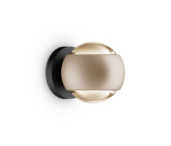 io verticale by Occhio | Wall lights