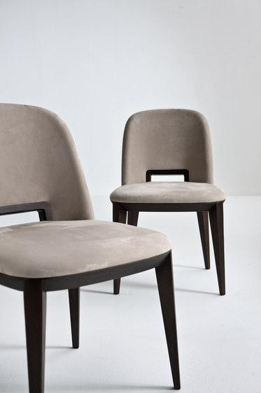Margaret von Laurameroni | Stühle