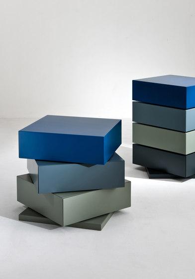 Moving   Drawers Cubick de Laurameroni   Aparadores