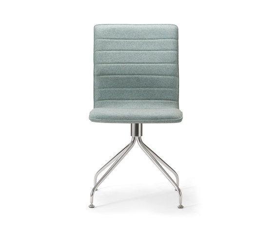 Conference base 110 by Torre 1961 | Chairs