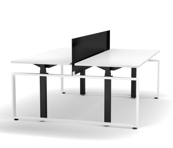 Electrically height-adjustable team desk Masterlift® by Inwerk | Contract tables