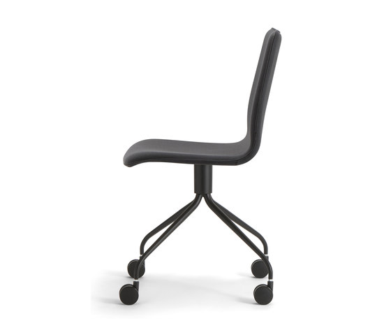 Isabel-01 base 111 by Torre 1961 | Chairs