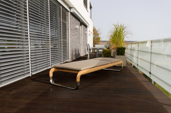 H2K Luxury loungers by Hake Konzept | Benches