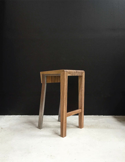 1 6 Bar Stools From Stacklab Architonic