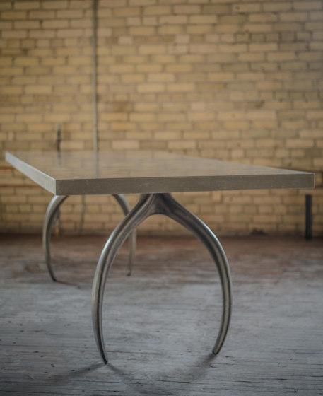 Wishbone Series Dining - ECC di STACKLAB | Tavoli pranzo