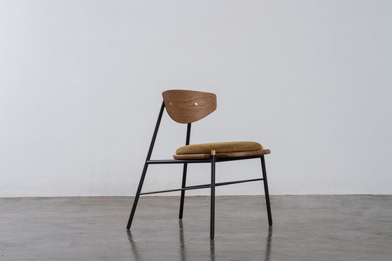 Kink dining chair leather cushion by District Eight | Chairs