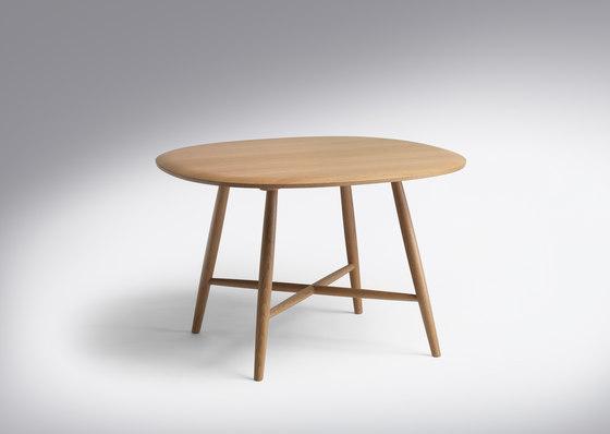 Trix |Table Trix Round Freeform di Schmidinger Möbelbau | Tavoli pranzo