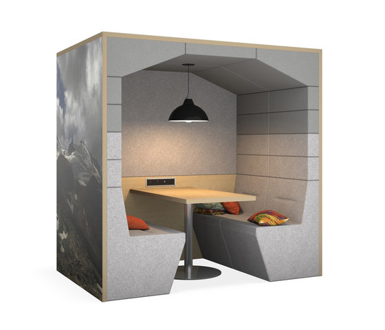 Railway Carriage Classic by Spacestor | Office Pods