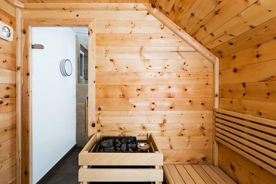 Swiss pine Giebelsauna by DEISL SAUNA & WELLNESS | Infrared saunas