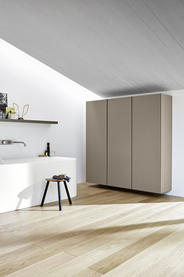R1 by Rexa Design | Wall cabinets