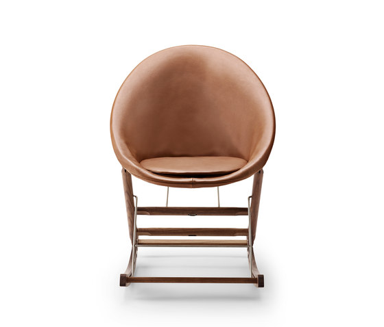 AB001 Rocking Nest Chair by Carl Hansen & Søn | Armchairs