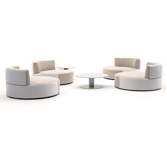 Belt armchair by Varaschin | Armchairs