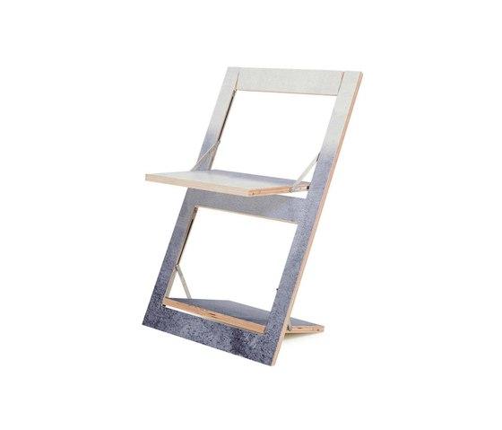 Fläpps Folding Chair   Fading Grey by Monika Strigel de Ambivalenz   Sillas