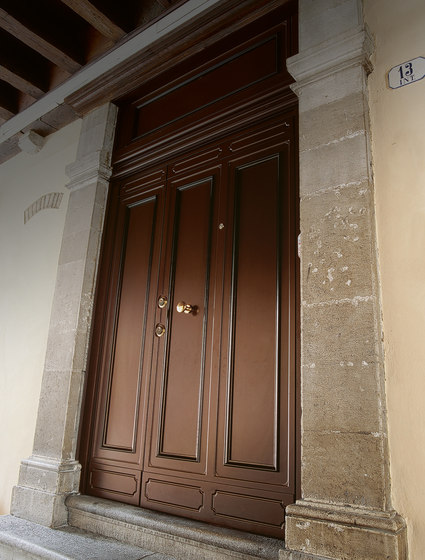 Elite 16.5053 M60Vip by Bauxt | Front doors
