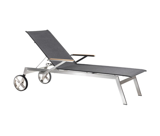 Studio Lounger by solpuri | Sun loungers
