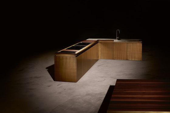 DC10 by Rossana | Island kitchens