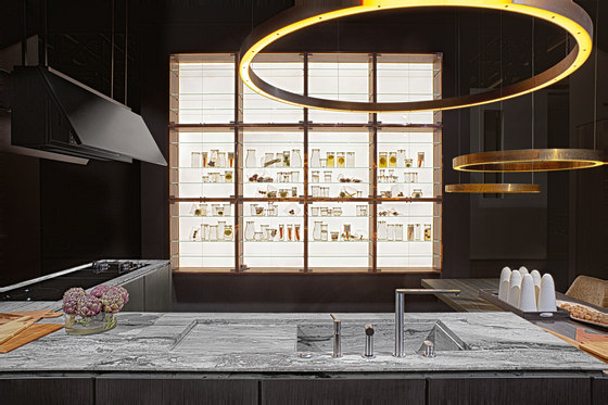 W75 by Rossana   Display cabinets