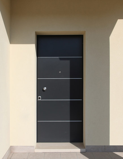 Junior 16.5025 J16 by Bauxt   Front doors