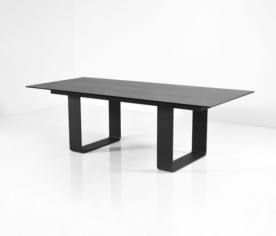 Doo by Dressy | Dining tables